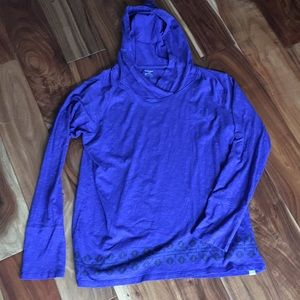 Hooded light weight long sleeve